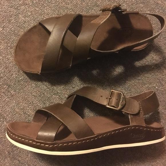 f273a07f97f Women s Size 7 Wayfarer Leather Chaco